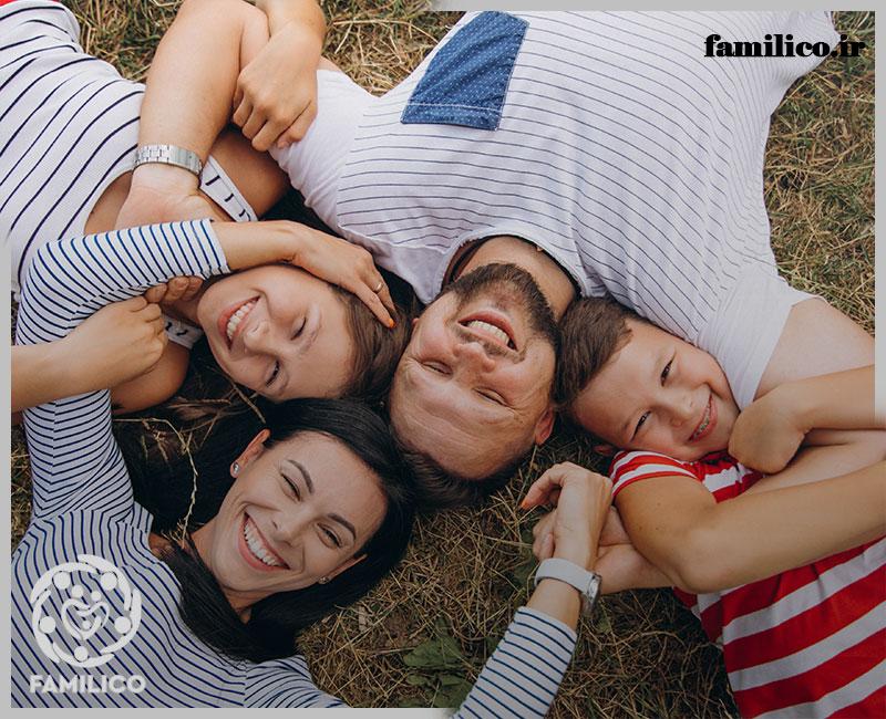 ارتباط با اعضای خانواده به عنوان پدر